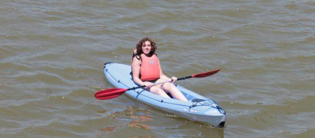 Actividad Kayak durante el campamento de verano